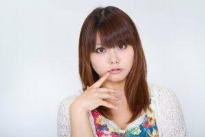 N112_kuchibiruwomottekuru_TP_V