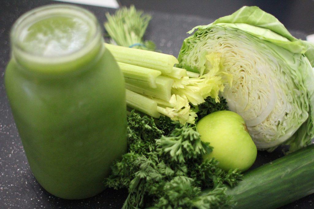 1杯で30品目の食材?飲みごたえ野菜青汁が野菜不足に効果的なワケ