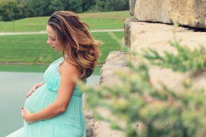 pregnancy-1873213_640